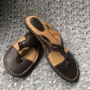 BOC by Born brown leather thong sandals